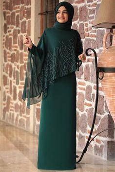 Sumay – Alev Evening Dress – Emerald – Best Of Likes Share Abaya Fashion, Muslim Fashion, Modest Fashion, Fashion Dresses, Fashion Cape, Hijab Evening Dress, Hijab Dress Party, Evening Dresses, Abaya Mode
