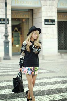 Petite fashion bloggers :: Brown Platform :: Crossed