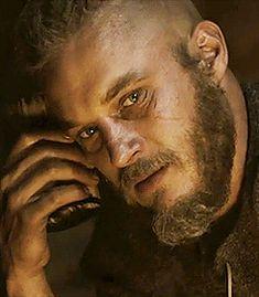 Travis Fimmel - Ragnar - Vikings - Shut up!