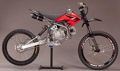 「MOTOPED」は、ダートバイクとマウンテンバイクのフュージョン かっけー!