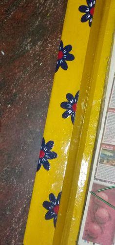 Simple gadapa designs to do it by yourselves at your homes Rangoli Borders, Rangoli Border Designs, Folk Art Flowers, Diy Flowers, Paint Designs, Mehndi Designs, Décor Room, Dressing Room Mirror, Mirror Work Blouse Design