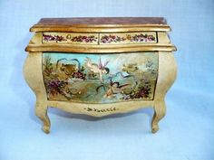 Exquisite Miniature 1:12 Scale Dollhouse Hand Painted Wood Chest Artist Signed H O'Keefe 1995