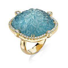 Aquamarine. Love this carved piece! #blues #aquamarine #pamelahuizenga #rockhound #oneofakind