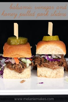 Balsamic Vinegar and Honey Pulled Pork Sliders | Melanie Makes melaniemakes.com