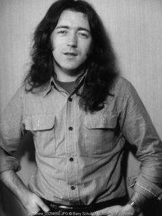 FB post Rory Gallagher Fan Rory Gallagher posing in Amsterdam 1978-9 Photo Barry Schultz