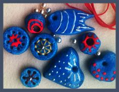 More ceramic necklaces are coming along.