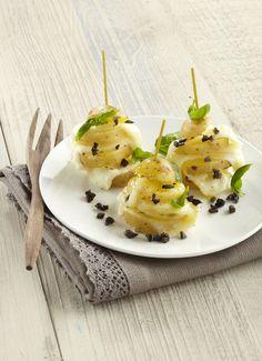 """Millefeuille de pommes de terre Pompadour Label Rouge, mozzarella et basilic. Nouvelle recette, à découvrir dans le livre de recettes """"10 recettes pour bien cuisiner la Pompadour Label Rouge"""" : http://www.lapommedeterrepompadour.com/?p=5247"""