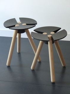 Wood and metal stool Wooden Stool Designs, Wooden Stools, Deco Design, Wood Design, Design Trends, Wood Furniture, Furniture Design, Furniture Market, Furniture Stores