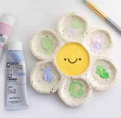 Clay Art Projects, Clay Crafts, Diy And Crafts, Arts And Crafts, Pottery Painting Designs, Pottery Art, Cute Clay, Dry Clay, Ceramic Clay