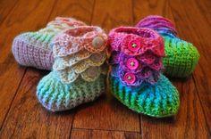 Crocodile Stitch Rainbow Booties - via @Craftsy