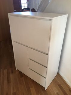 Modern Office Desk Bureau and Storage Unit, White - Excellent Condition. - Office Furniture & Equipment | Office Furniture & Equipment