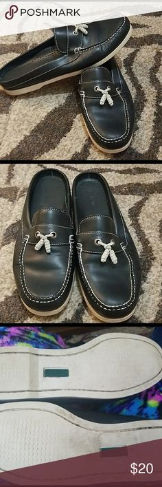 LL Bean Navy Slip-On Leather Boat Shoes, Size 11 LL Bean Navy Slip-On Leather Boat Shoes, Women's Size 11.  No damage/signs of obvious wear.  Soles are a bit dirty as pictured. L.L. Bean Shoes Mules & Clogs