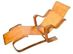 Modernist bent wood chaise longue by Marcel Breuer for Isokon Furniture Co. London