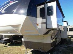 2015 New Forest River Cardinal 3675RT Fifth Wheel in Texas TX.Recreational Vehicle, rv, 2015 Cardinal 3675RT Superior Quality!!! Huge savings off MSRP $105,063.05. Blowout price of $64,888!! Lots of bang for your buck on this one, with an auto level, 3 slide outs, 2 A/C's, full body paint, theater seats, residential refrigerator, stainless steel appliances and much more!