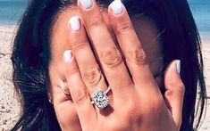 5 Rings Inspired by Lea Michele's 4 Carat Engagement Ring! Zara Phillips, Succulent Planter Diy, Cake Pops How To Make, Celebrity Engagement Rings, Engagement Celebration, Simple Blog, Queen Pictures, Gardening Gloves, Lea Michele