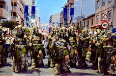 La escuadra de Salvajes en el desfile de escuadras especiales de ArteFiesta 2014 Times Square, Travel, Savages, Viajes, Destinations, Traveling, Trips