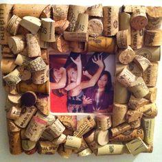 Wine cork picture frame--love the idea and love wine!