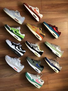 Mens Fashion Shoes, Sneakers Fashion, Sneakers Nike, Nike Air Max, Dope Outfits For Guys, Nike Kicks, Baskets Nike, Shoes Photo, Hype Shoes