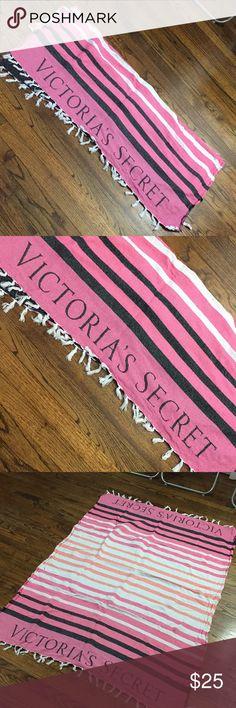 Victoria secret blanket ❤️😍 In perfect conditions ❤️ Accessories