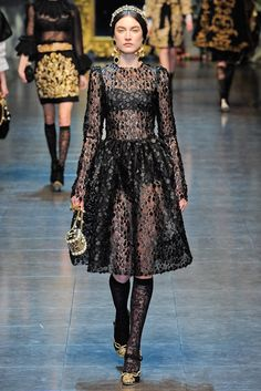 Dolce & Gabbana Fall 2012 Ready-to-Wear Fashion Show - Jacquelyn Jablonski
