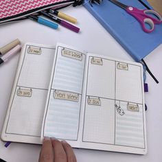 Bullet Journal Ideas: 5 Weekly Spread Layouts for September 2018 — Square Lime Designs Bullet Journal September, Bullet Journal Simple, Bullet Journal Vidéo, Bullet Journal Cover Page, Bullet Journal Themes, Bullet Journal Layout, Journal Covers, Bullet Journal Inspiration, Journal Pages