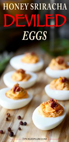 Honey Sriracha Deviled Eggs - Pickled Plum Food And Drinks - Honey Sriracha Deviled Eggs With Crispy Bacon – Ready in less than 20 minutes! gluten-free www. Delicious Deviled Egg Recipe, Deviled Eggs Recipe, Egg Recipes, Appetizer Recipes, Cooking Recipes, Appetizers, Simply Recipes, Sriracha Deviled Eggs, Egg Dish