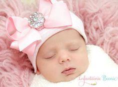 newborn hospital hat newborn girl READY TO by InfanteenieBeenie