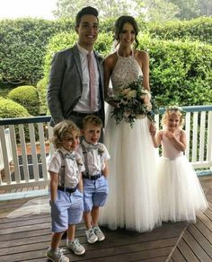 Their kids will be so cute--Jess and Gabes wedding Dec 2016 (w/ someone else's kids) Jess Conte, Perfect Wedding, Dream Wedding, Wedding Day, Wedding Goals, Wedding Pics, Jess And Gabriel Wedding, Jess And Gabe, Gabriel Conte