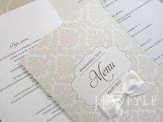 Karty menu na przyjęcie weselne z papieru perłowego.