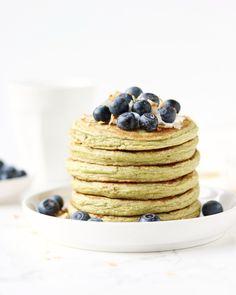Healthy Matcha Protein Pancakes - Jennifer Krijnen