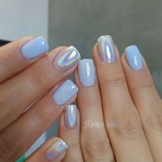 Short beauties Gel on natural nails #holographic #nailart #nail #nails #gelnails #gel #naturalnails #holonails #holo #holosexual #simplenails #fashionnails #trend #nailsoftheday #bluenails #sky #naildesign #gelnails #naildesigns #shortnails #artnails #nailart