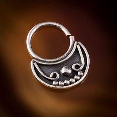 Real septum for pierced nose tribal septumtragus 1mm por TRIBALIK