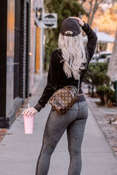 7 Reasons Why You Should Be Drinking More Water | Pink Starbucks Tumbler | Louis Vuitton Backpack | Blondie in the City by Hayley Larue