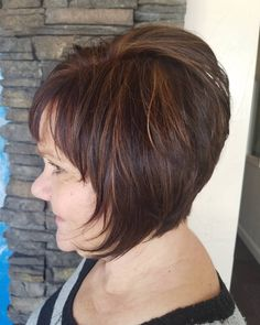 Short hair styles 50 Short Layered Brunette Bob Why Should You Get Married In Las Vegas? Best Short Haircuts, Short Bob Hairstyles, Pretty Hairstyles, Classy Hairstyles, Layered Haircuts, Hairstyles 2018, Short Brunette Hair, Brunette Bob, Blonde Pixie