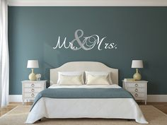 Vinyl stickers muur sticker Mr. and Mrs. Decal door VinylArtByAlison