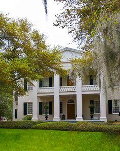 Destination Weddings | Martha Stewart Weddings - 50 Ways to Wed in the U.S., shown is Monmouth Plantation, Natchez, Mississippi