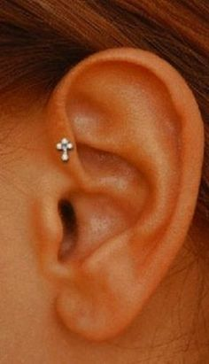 if I got my tragus. I think that this is so beautiful - some people think tragus piercings are trashy, and I do agree that they can be, but I love the dainty and subtle look just to add a bit of dimension and interest Piercing Implant, Piercing No Tragus, Piercing Tattoo, Orbital Piercing, Rook Piercing Jewelry, Conch Jewelry, Rook Earring, Double Cartilage, Ear Piercings