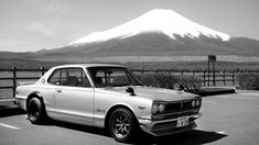 Looking for similar pins? Follow me! http://kohlsson.link/1W5N6ws | kevinohlsson.com 1970 Nissan Skyline 2000 GT-R in front of mount Fuji [1600x900]