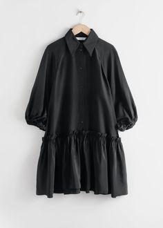 Voluminous Ruffled Mini Dress - Black - Mini dresses - & Other Stories Fashion Story, 80s Fashion, Fashion 2020, Korean Fashion, Boho Fashion, Jeans Fashion, Ladies Fashion, Hijab Fashion, Dress Fashion