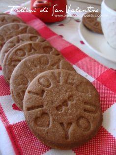 Colazione di San Valentino: biscotti al cacao Made With Love - I Love you