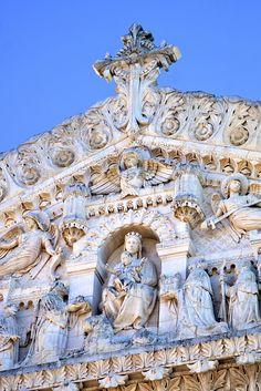 La Basilique Notre-Dame de Fourvière, Lyon, France