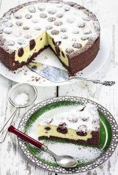 bucatar maniac: Prajitura ruseasca cu branza Romanian Desserts, Romanian Food, Dessert Cake Recipes, No Cook Desserts, Breakfast Dessert, Sweet Tarts, Ice Cream Recipes, Sweet Bread, Food And Drink