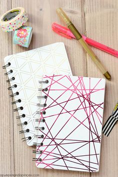 Minc Foil Mini Notebooks how to, diy tutorial geometric notebooks ideas Diy Notebook Cover, Notebook Design, Notebook Ideas, School Notebooks, Cute Notebooks, Inspiration Drawing, Style Inspiration, Diy Cape, Bookbinding Tutorial