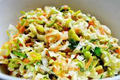 Surówka z kapusty pekińskiej i pora Healthy Salads, Healthy Cooking, Healthy Eating, Cooking Recipes, Side Dishes For Bbq, Appetizer Salads, Cabbage Salad, Side Salad, Food Design