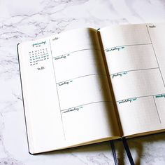 Bullet journal inspiration, weekly spread, minimal bullet journal, clean and simple @jennys.notes