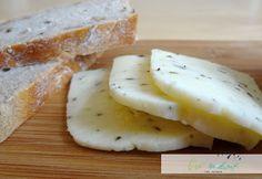 Polotvrdý domácí sýr