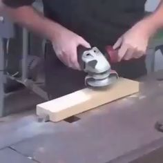 This powerful 6 Teeth Wood Carving Disc is designed to mount on a standard electric angle grinder and provide rapid material removal to save your time and effort, meet your various needs. diy for beginners plans tips tools Wood Carving Tools, Wood Tools, Wood Carving For Beginners, Tea Tray, Angle Grinder, Diy Wood Projects, Woodworking Projects, Woodworking Techniques, Woodworking Furniture