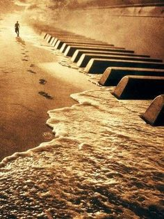 This so capture's what I feel when i sit down at the keys and lose myself in the music.. beautiful!!