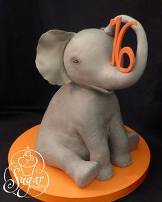3D elephant birthday cake  WOW!!! this cake is AWESOME