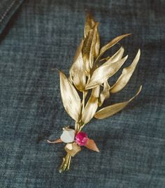 Faceted Boutonniere Pin | Confetti Pop